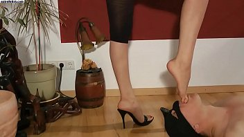 cums cleans into sissy and shoes them Pretty white wife black