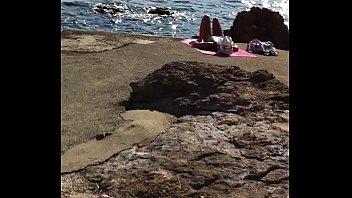 beach cumshot nudist Amassaram a mina intendeu download
