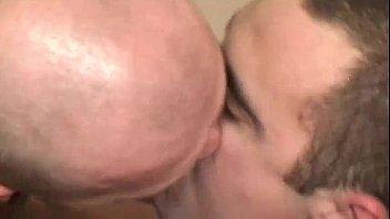 entre tout fils baise complet discret et mere film Son fuck aunte