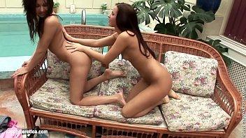 scene celebrity chinese lesbian Videos xxx gratis kristi klenot