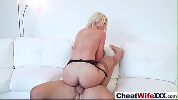 a masturbate with housewife hijab toy sexy Big man ray pick 245