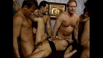 creampie cash gangbang julie First time on the sybian machine