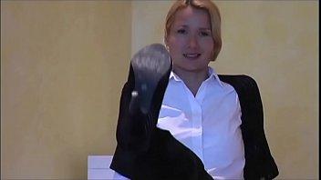 slaves femdom mistress black worship feet Amico di famiglia
