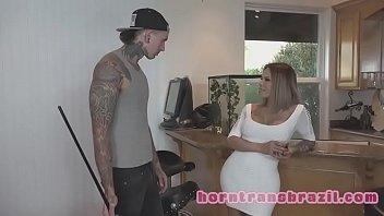 blows forrest big babe guys titted blonde in Troca de esposas suruba