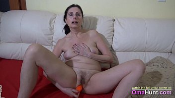blowjob sloppy r20 a granny and gives kinky Indian housmaid boobs press