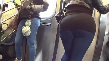 culoen el metro se viene su en Chubby bbw doctor interracial