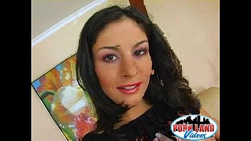 fake gets her heels big out with brunette titties sexy Picoteo y milk