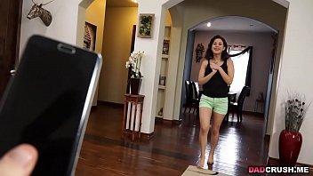 dad baby sitter gets Big tits brunette teen dildoing on webcam