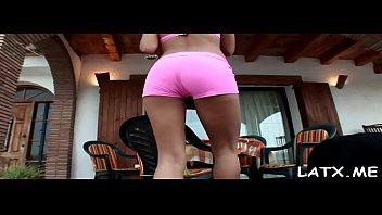 peaches butt laure big Sunny lion 3gpking com