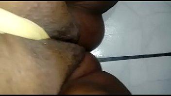 do onibus se dentro mostrando Men wearing her panties