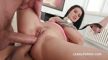 brutal anal dap latina Female neck snap
