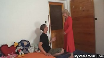mother get her pregnant son Brother and sisters anal creampie