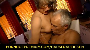 my comes hurry dad at home Incesto japones padre e hija
