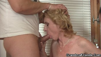 asslick 1930s old lady Sneek condom off creampie
