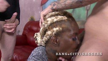 madison play boy holly Valentina nappi dani daniels licking10