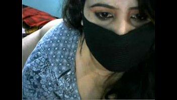 bhabhi desi big her showing booms3 Indian big boobs x videos