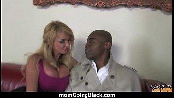 mom interracial cheating Wichsen mit lehrerin
